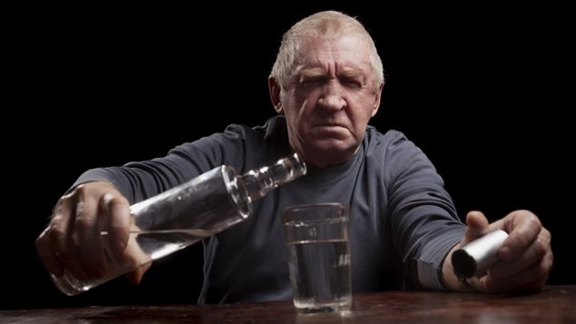 L'alcoolisme chez les aînés, un problème à prendre au sérieux.