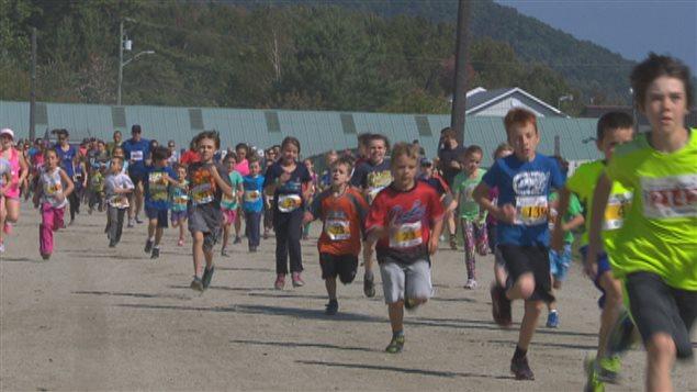 Les participants au défi Â«Adapte ta courseÂ» à Sherbrooke