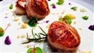 Gros pétoncles au bacon et romarin et crème de chou-fleur