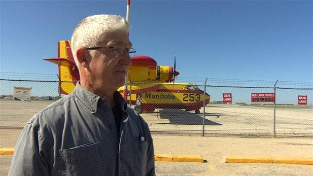 L'ancien pilote de ligne Christopher Brown célèbre le 75e anniversaire du premier vol transcanadien transportant des passagers.