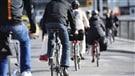 Casque à vélo : Québec penche pour lasensibilisation (2015-04-29)