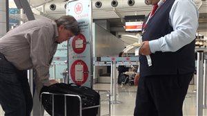 Les bagages à main bientôt mesurés systématiquement