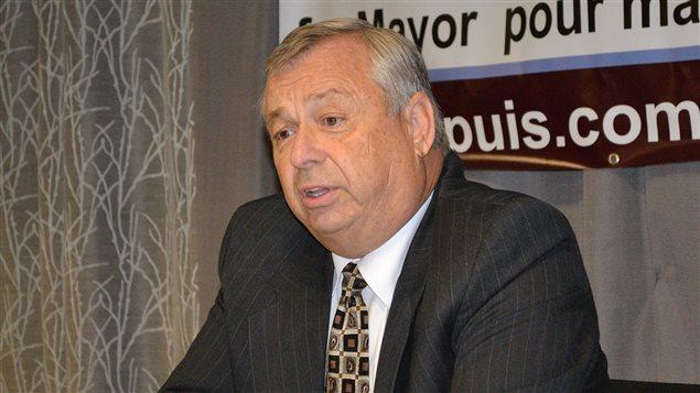 Le candidat à la mairie de Sudbury Ron Dupuis estime que les citoyens des quartiers éloignés de la ville ne sont pas suffisamment entendus. S'il est élu le 27 octobre, Ron Dupuis s'engage à tenir des assemblées publiques dans tous les quartiers de la municipalité, et ce, en compagnie des conseillers municipaux.