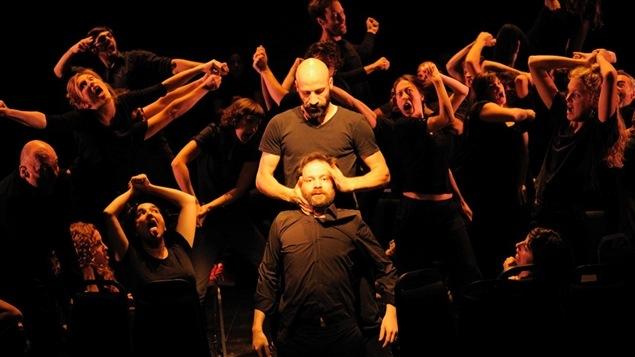 Une scène de la pièce <i>Trois</i>, de Mani Soleymanlou