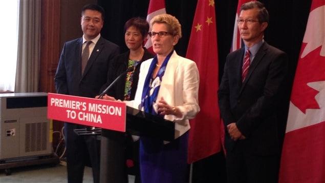 Kathleen Wynne participait à sa première mission commerciale internationale en tant que première ministre l'automne dernier.