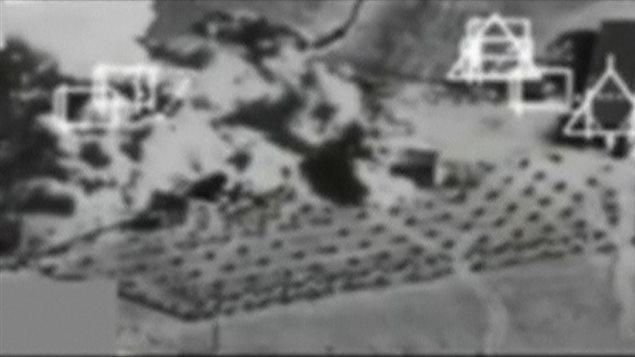 Image prise à partir d'une caméra d'avion après un bombardement près de Kobani, en Syrie, le 27 septembre.