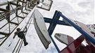 L'OPEP se réunit, le prix du pétrole poursuit sa chute