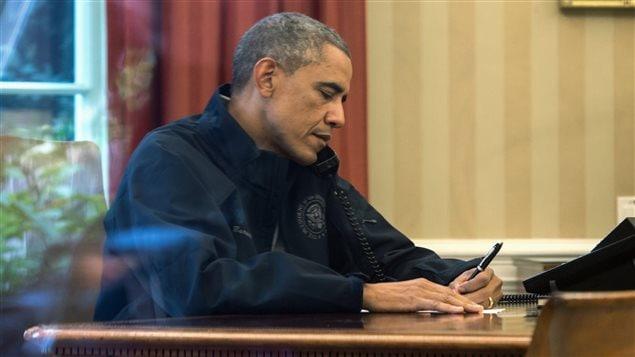 Le président Barack Obama ordonne de nouvelles mesures de sécurité après la découverte du premier cas de contamination au virus Ebola en sol américain.