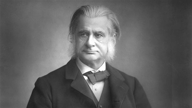 Le biologiste anglais Thomas Henry Huxley en 1885