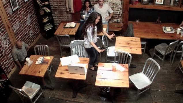 En octobre 2013, une vidéo pour promouvoir le film <i>Carrie</i> montrait une simulation de télékinésie dans un café.