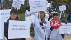 Des chercheurs dénoncent les politiques du gouvernement Harper
