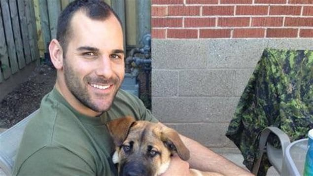 Le militaire mort lors de la fusillade à Ottawa est Nathan Cirillo.