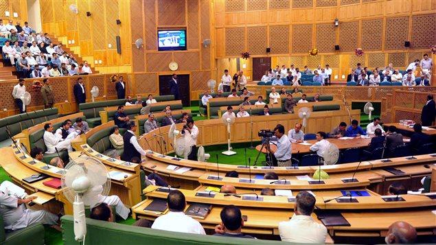 Retour Sur 12 Attentats Contre Des Parlements Fusillade