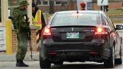 La sécurité est renforcée à la 17e Escadre à Winnipeg après la fusillade de mercredi à Ottawa