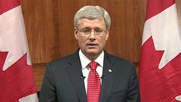 Le premier ministre Stephen Harper s'est adressé à la population à la télévision, le 22 octobre au soir.
