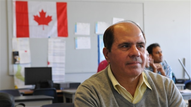 Nabil Hawara, réfugié syrien, dans sa classe d'anglais.
