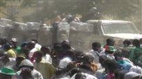 Burkina Faso : des manifestants à l'assaut du parlement