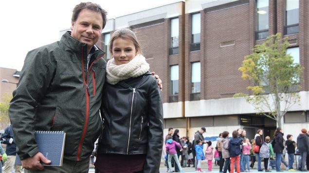 Le président du comité de parents de l'école Laurier, de la CSDM avec sa fille