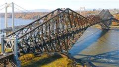 Cette photo du pont de Québec avait été envoyée à Bill Gates.