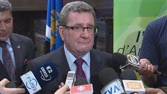 Le maire de Québec Régis Labeaume a réagi au rapport Robillard.