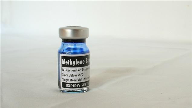 Une bouteille de bleu de méthylène