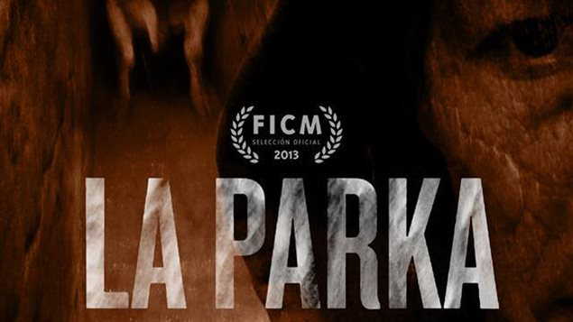 Afiche de La Parka, de Gabriel Serra