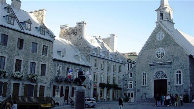 Un touriste sur quatre a visité une des trois églises patrimoniales de Québec l'an dernier. La Ville de Québec souhaite maintenant mieux connaître les répercussions économiques et touristiques associées à la fréquentation du patrimoine religieux à Québec.