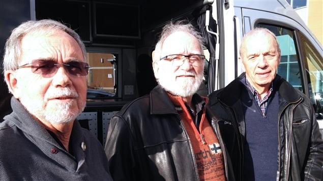 De gauche à droite : André Legault, Paul Laquerre et Claude Marcoux