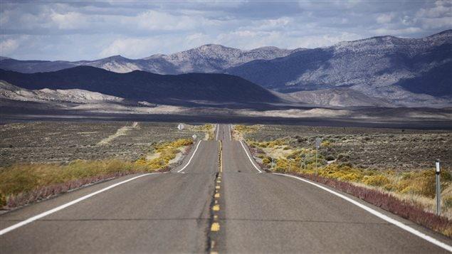 La route 50, dans le Nevada, aux États-Unis