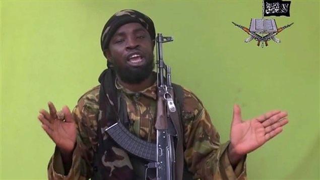 Uno de los dirigentes de Boko Haram, Abubakar Shekau, en un video publicado en mayo del 2014.