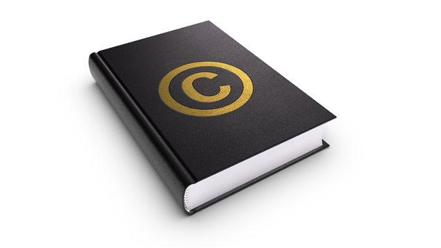Le symbole du copyright sur la page couverture d'un livre
