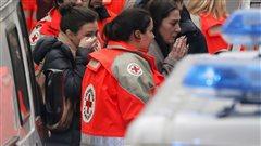 Fusillade à Charlie Hebdo : réaction de Reporter sans frontières Le monde journalistique est sous le choc après les attentats survenus dans les bureaux de Charlie Hebdo, ce matin, à Paris. Delphine Algan est responsable du bureau aux États-Unis pour Reporters sans frontières, mais se trouve à Paris en ce moment.