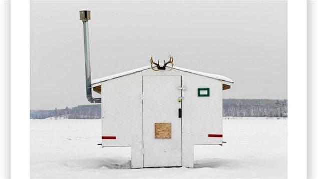 ice fishing huts in canada