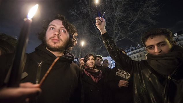 تجمع في ساحة الجمهورية في باريس دفاعا عن شارلي إيبدو