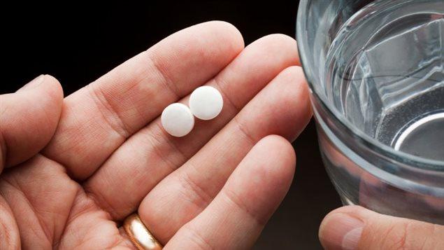 Santé Canada voudrait un langage plus clair en pharmacie, afin que les consommateurs puissent plus facilement identifier les produits qui contiennent de l'acétaminophène et comprendre les risques de blessures au foie.