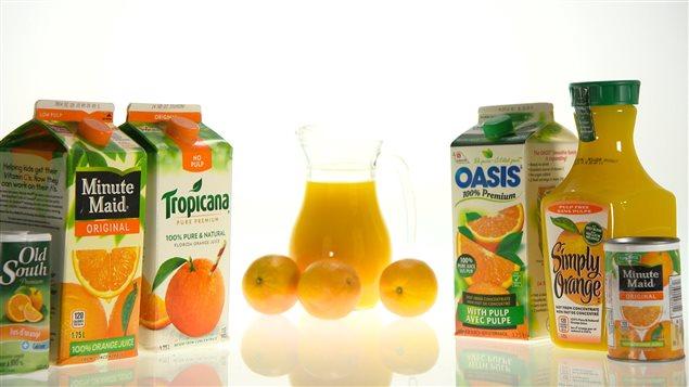 Des jus d'orange frais pas si naturels