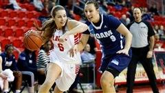 Les filles du Rouge et Or basketball avait un sérieux test sur les bras jeudi:  affronter Mc Gill, invaincu en 6 parties.  La troupe de Sonia Ritchie s'est bien battue, mais n'a pu résister.