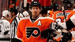 Les Blackhawks obtiennent Kimmo Timonen des Flyers