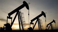 Chute des prix du pétrole: les pétrolières commencent à réduire leur personnel