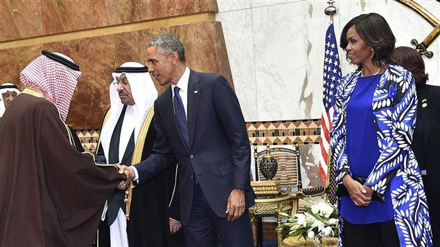 Barack Obama et sa femme Michelle rencontrent les dirigeants saoudiens au lendemain des funérailles du roi Abdallah.