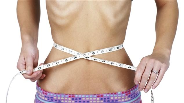 Dans les troubles alimentaires, comme l'anorexie et la boulimie, la recherche du poids id�al est l'�l�ment d�clencheurr de probl�mes plus profonds.