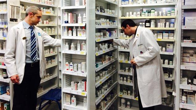 Une collaboration étroite entre le gouvernement fédéral, les provinces et les territoires aura pour incidence une réduction plus importante des coûts de l'assurance médicament et d'accroître l'accès aux médicaments