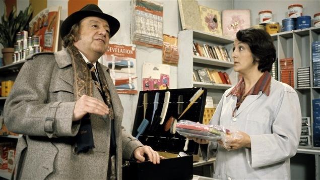 Jean Jolivet (René Caron) et Inonda Dugas-Marsouin (Nicole Leblanc), personnages de «Rue des pignons» en 1977.