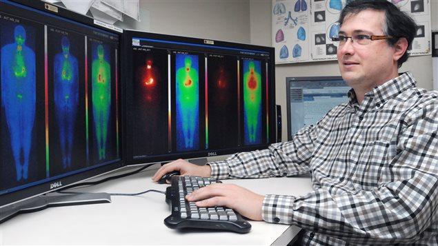 L'accélérateur TRIUMF, en Colombie-Britannique utilise le cyclotron au regard de son importance en radiothérapie pour le traitement des cancers.