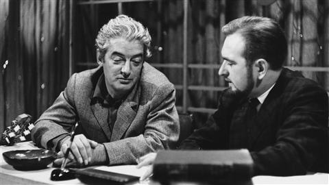 À l'émission « Pour une chanson » en 1960, le chanteur et poète Félix Leclerc, interviewé par l'animateur Jacques Languirand.