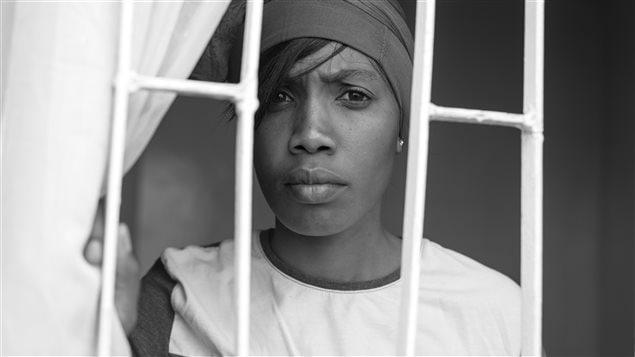 Liz (Rose Njenga) dans le court-métrage «Each Night I Dream» de Stories of our Lives (Kenya)