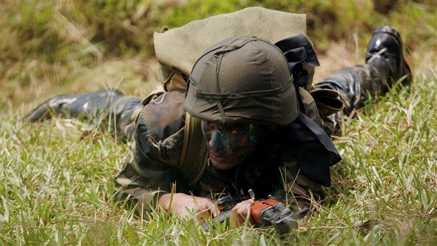 Un soldat � l'entra�nement