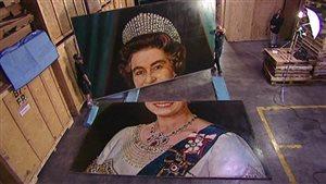 Le portrait de la reine Élizabeth II entreposé Whitby, en Ontario