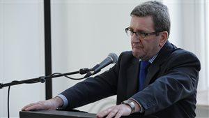 Régis Labeaume met en garde le Commissaire au lobbyisme.