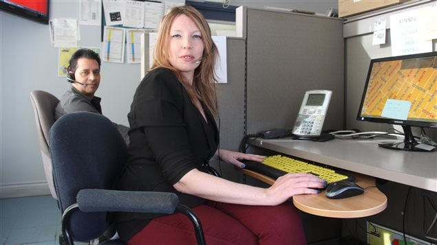 Mario Girard et Nancy Poulin, techniciens en gestion d'appels chez Taxi Diamond